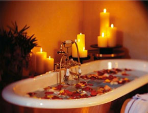 Hour Exotic Bath Tub With Rose Fresh Petals And Candles To Unwind And Relax With Your Partner @799/-